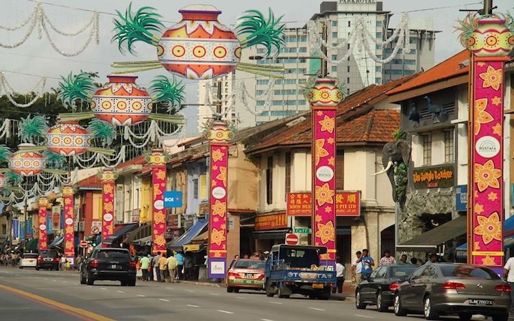 Con đường Serangoon đầy màu sắc sặc sỡ